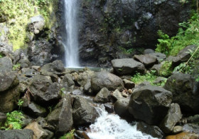 Private Hiking at the 3 Cascades - (Half Day)