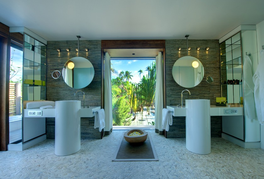 Bathroom of the villa at the Brando Resort in Tetiaroa island