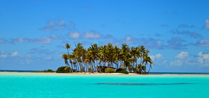 "Rangiroa, the infinite lagoon, ""the immense sky"""