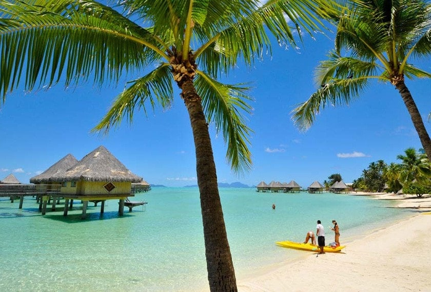 Bora Bora Best Beaches and Bungalows (with Half Board)